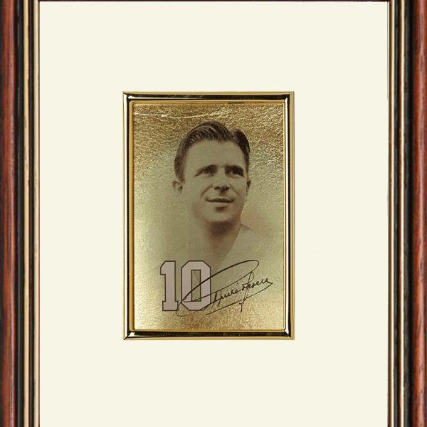Puskás Ferenc portré 4x6 cm aranyozott képen
